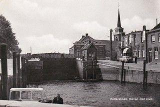 Historische Haven Puttershoek