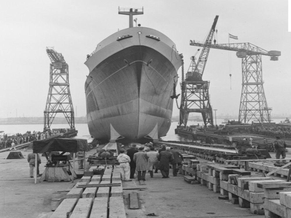 Grebbedijk on RDM Ship-yard